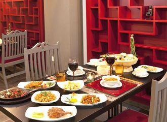 Mau Makan di Restoran Hotel? Kamu Harus Tahu Istilah-Istilah Ini!
