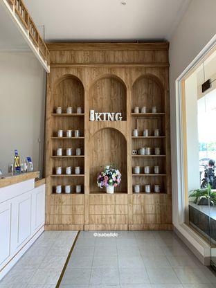 Foto 1 - Interior di King's Cup oleh Isabella Chandra