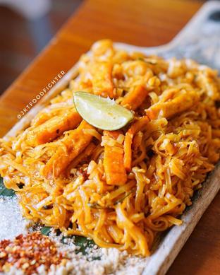 Foto 1 - Makanan di Larb Thai Cuisine oleh Michael |@JKTFoodFighter