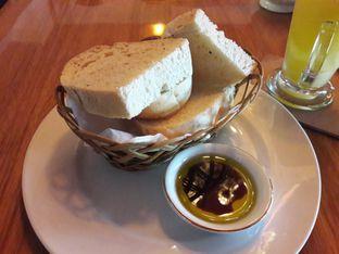 Foto 4 - Makanan di Expatriate Restaurant oleh Michael Wenadi