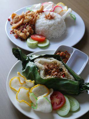Foto 1 - Makanan di String Coffee and Eatery oleh Olivia @foodsid
