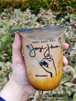 Foto review Janji Jiwa oleh JC Wen 1