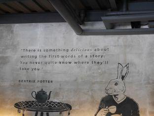 Foto review Two Stories oleh Herina Yunita 8