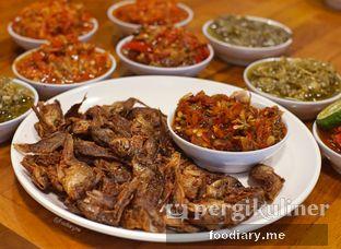 Foto 6 - Makanan di Sambal Khas Karmila oleh @foodiary.me | Khey & Farhan