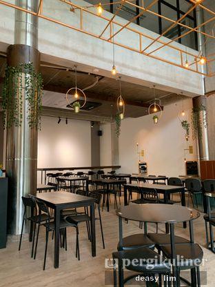 Foto 4 - Interior di 8th Bean Cafe oleh Deasy Lim