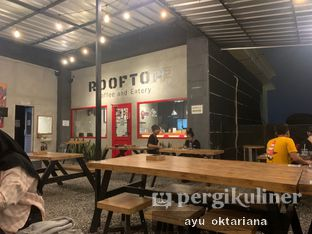 Foto review Rooftop Coffee Shop oleh a bogus foodie  3