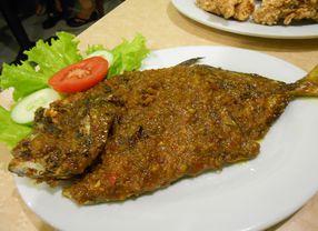 4 Masakan Ikan Khas Manado yang Harus Dicoba oleh Pecinta Kuliner Pedas