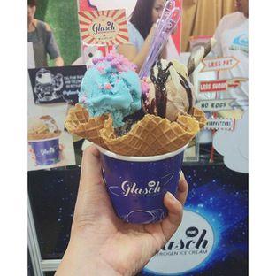 Foto 1 - Makanan di Glasch Nitrogen Ice Cream oleh kinan