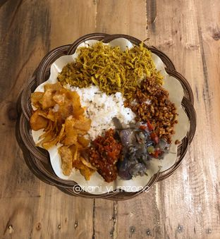 Foto 1 - Makanan di Master Nasi Pedas Bali oleh Riani Rin