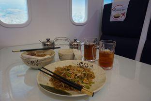 Foto 1 - Makanan di The Noodle Jet Cafe oleh Theodora