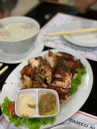Foto 3 - Makanan di Bubur Kwang Tung oleh Isabella Chandra
