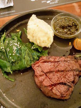 Foto 7 - Makanan di Tokyo Skipjack oleh Stallone Tjia (@Stallonation)