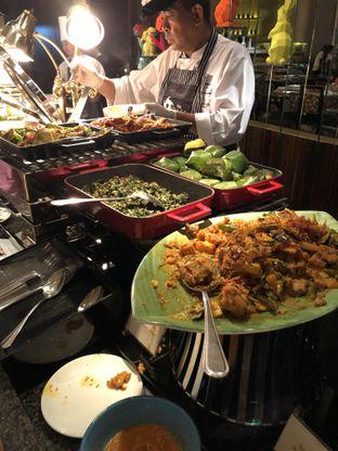 Foto 8 - Makanan di The Cafe - Hotel Mulia oleh Freddy Wijaya