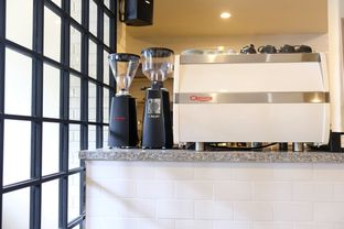 Foto 7 - Interior di Stillwater Coffee & Co oleh Pengembara Rasa
