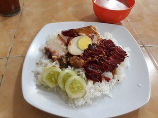 Foto 1 - Makanan di Rumah Makan 889 Chinese Food oleh Maissy  (@cici.adek.kuliner)