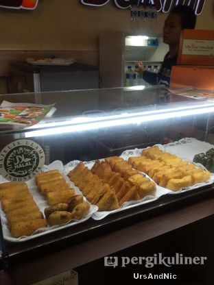 Foto 3 - Makanan di Verina Risoles oleh UrsAndNic