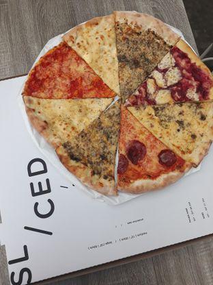 Foto 2 - Makanan di Sliced Pizzeria oleh Mouthgasm.jkt