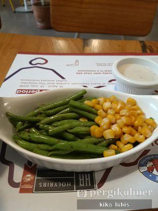 Foto 2 - Makanan di Holycow! STEAKHOUSE by Chef Afit oleh Kika Lubis