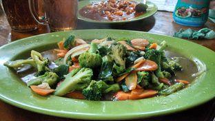 Foto 4 - Makanan(Cah brokoli) di HDL 293 Cilaki oleh Shabira Alfath