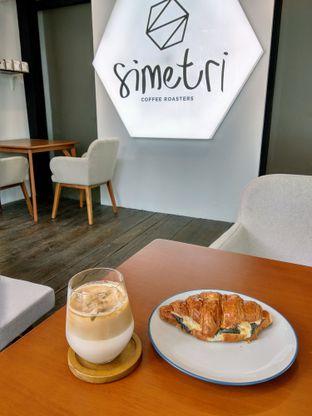Foto 3 - Makanan di Simetri Coffee Roasters oleh Ika Nurhayati