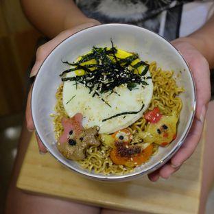 Foto 2 - Makanan(Insutanto Ramen Lvl 1) di Shibuya Cafe oleh Buncit Foodies
