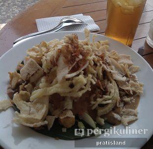 Foto 2 - Makanan(nasi lengko) di Jaya Cafe & Resto oleh Pratista Vinaya S