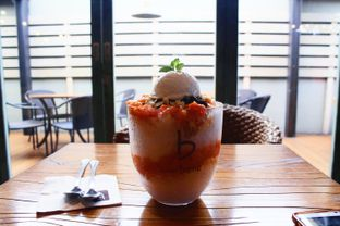 Foto 4 - Makanan(Mango Bingsu) di Caffe Bene oleh Novita Purnamasari