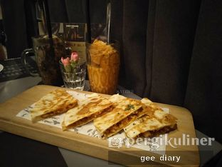 Foto 1 - Makanan di Greyhound Cafe oleh Genina @geeatdiary