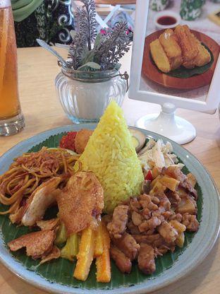 Foto 1 - Makanan di Selera Meneer oleh Qorry Ayuni