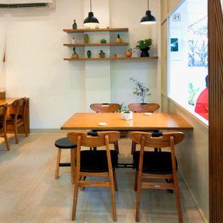 Foto 35 - Interior di Platon Coffee oleh duocicip