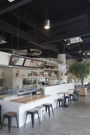 Foto 10 - Interior di Javaroma Bottega del Caffe oleh yudistira ishak abrar