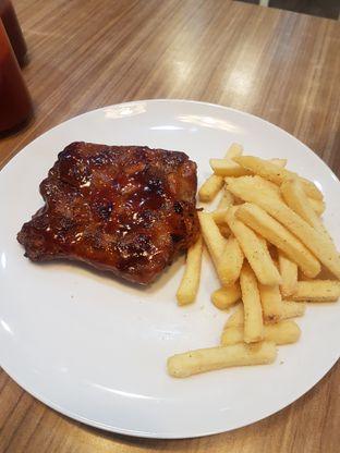 Foto 1 - Makanan di Meaters oleh Lid wen