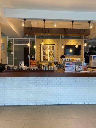 Foto 10 - Interior di Baks Coffee & Kitchen oleh Jeljel