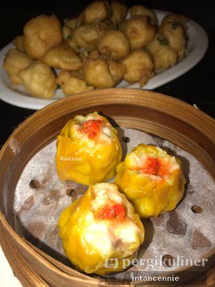 Foto 3 - Makanan di Pantjoran Tea House oleh bataLKurus