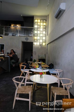 Foto 2 - Interior di Awesome Coffee oleh EATBITESNAP // Tiffany Putri