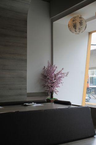 Foto 12 - Interior di Sushi Itoph oleh Prido ZH