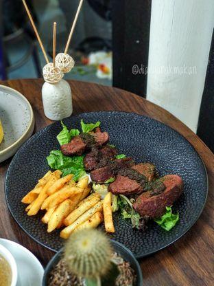 Foto 6 - Makanan di Trvffle Bistro oleh Nicole || @diaryanakmakan