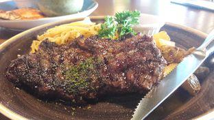 Foto review Collin's oleh Perjalanan Kuliner 4
