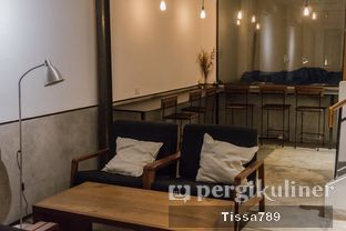 Foto 2 - Interior di Scandinavian Coffee Shop oleh Tissa Kemala