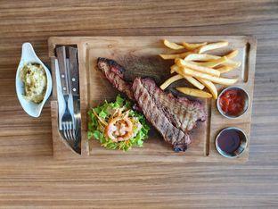 Foto - Makanan di Ang's Grille - Hotel Ibis Budget Jakarta Cikini oleh inaris