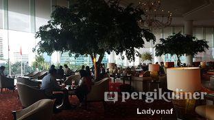 Foto 7 - Interior di Fountain Lounge - Grand Hyatt oleh Ladyonaf @placetogoandeat