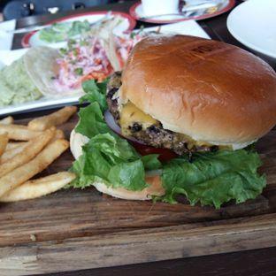 Foto 2 - Makanan di TGI Fridays oleh Avanto Nugi