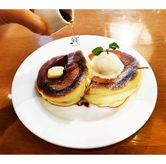 Foto Souffle Pancake with Maple Syrup di Pablo
