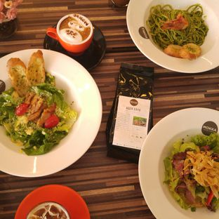 Foto 9 - Makanan di Mokka Coffee Cabana oleh eatwerks