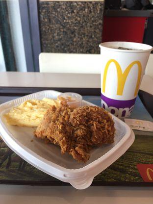 Foto review McDonald's oleh yudistira ishak abrar 15