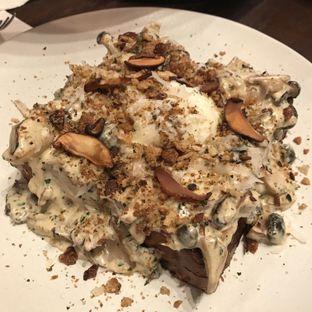 Foto 2 - Makanan(Mushroom Toast) di Bara Restaurant oleh @stelmaris