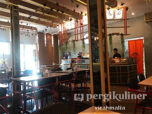 Foto 4 - Interior di Peco Peco Sushi oleh Delavira