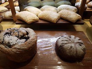 Foto 3 - Makanan di Francis Artisan Bakery oleh ig: @andriselly