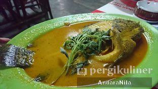 Foto 1 - Makanan di Gule Kepala Ikan Mas Agus oleh AndaraNila