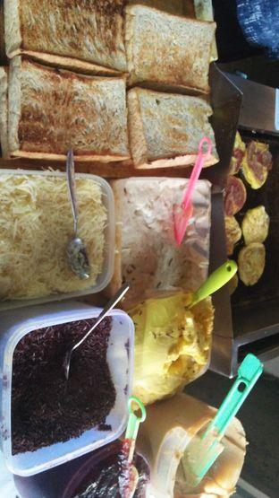 Foto 3 - Makanan di Roti Gempol oleh Review Dika & Opik (@go2dika)
